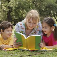 Tumbuhkan Budaya Baca Sejak Dini Sangat Dianjurkan
