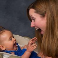 Waspadai Gangguan Pendengaran Pada Si Kecil yang Masih Bayi