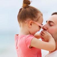 Dads, Jangan Lupa Lakukan Ini Kepada Putri Kesayangan Ya!