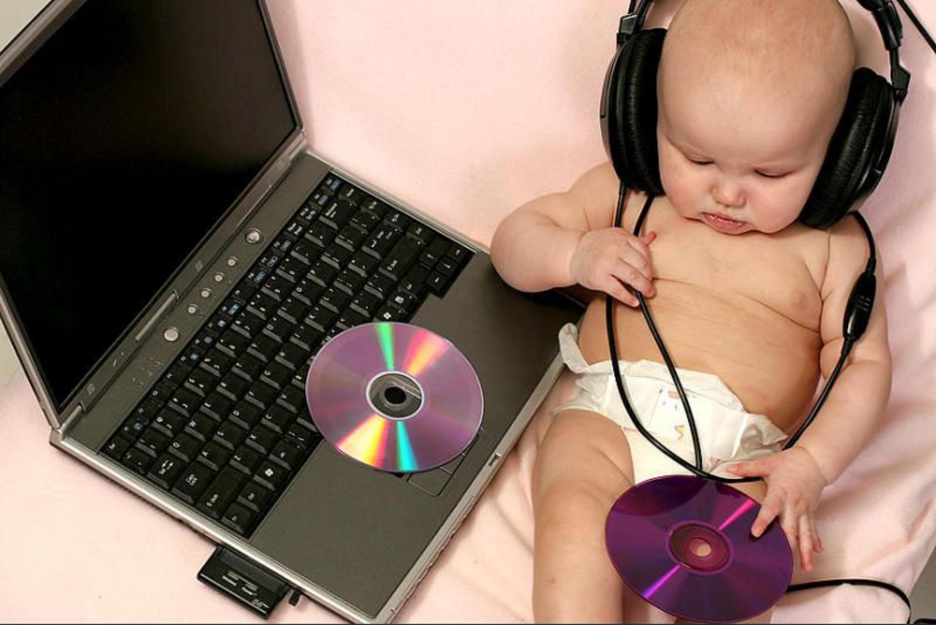 Fakta, Musik Sangat Bermanfaat untuk Otak Si Kecil