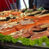 Naikkan Berat Badan Janin dengan Konsumsi Daging dan Ikan