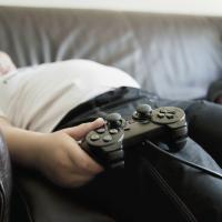 Tidur Lebih Awal Jauhkan Si Kecil dari Risiko Obesitas