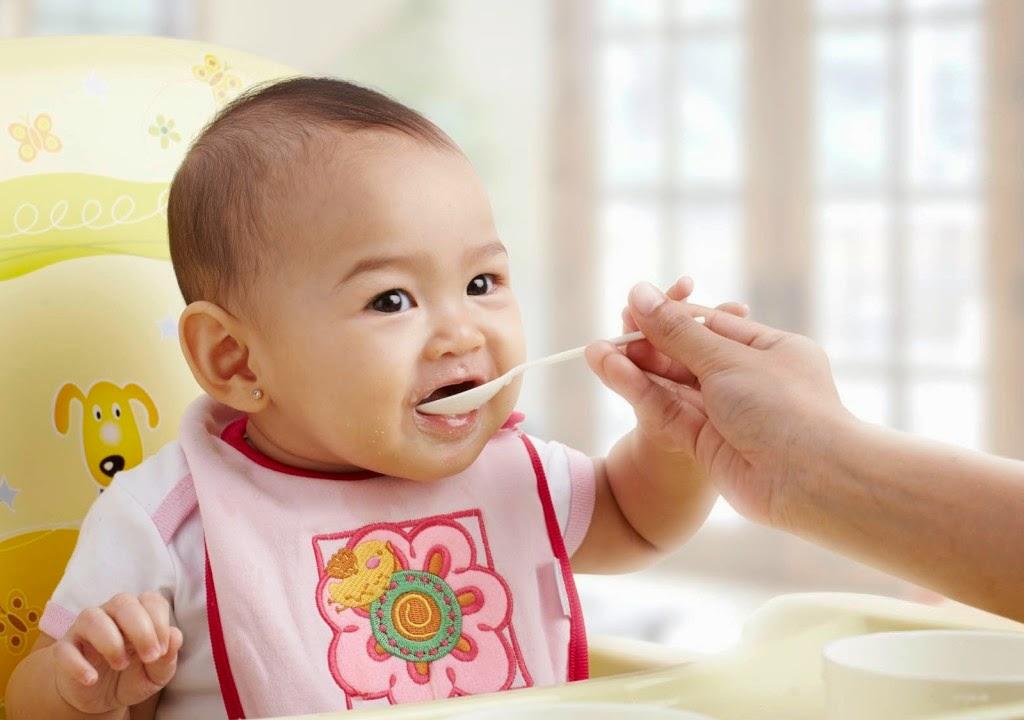 Si Kecil Batuk? Agar Tidak Bertambah Parah Jangan Beri Makanan dan Minuman Ini Dulu ya Moms!