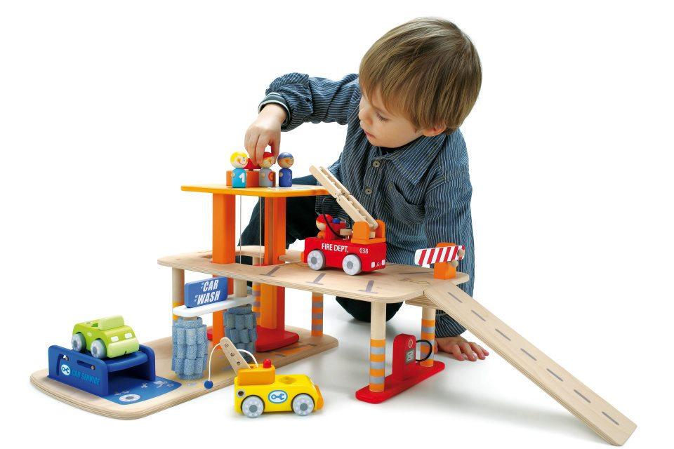 Panduan Memilih Mainan untuk Si Kecil
