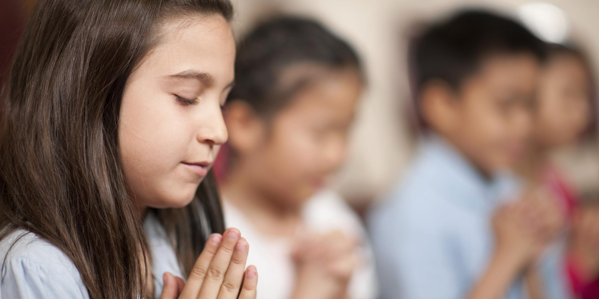 praying in school - 1024×576