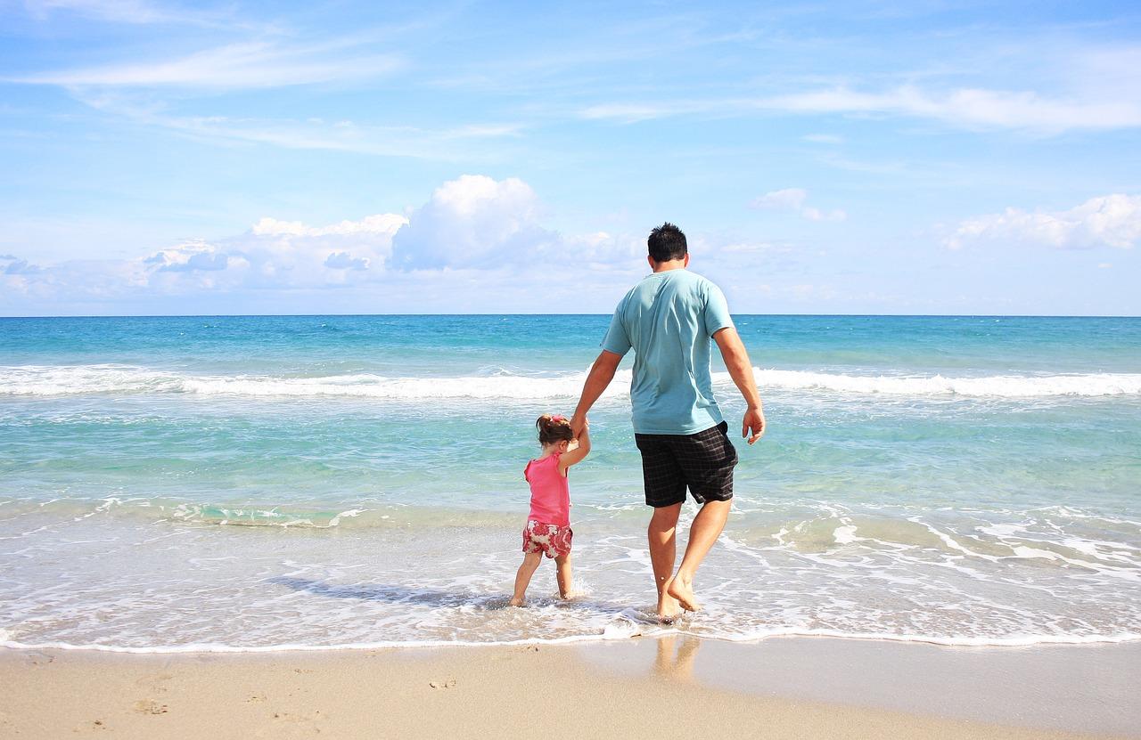 Jangan Lakukan 4 Kesalahan Ini Saat Menjaga Si Kecil, Dads!