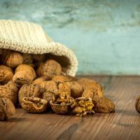 Benarkah Perkenalkan Kacang dan Telur Saat Masih Bayi Bisa Cegah Alergi?