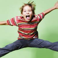Ini Lho Bedanya Anak Aktif dengan Anak Hiperaktif Moms?