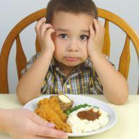 Tips Agar Si Kecil Mau Makan Banyak dan Sehat