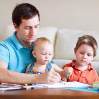 Bantu Si Kecil Belajar Jalan dengan Cara Ampuh Ini Dads!