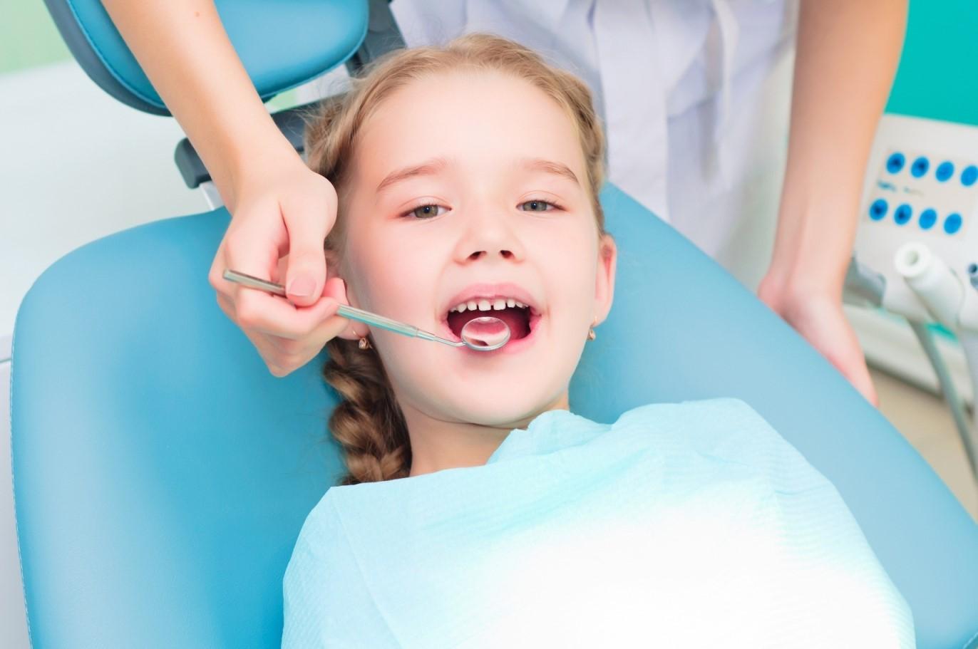 Cara Menjaga Kebersihan Gigi Anak