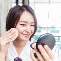 Pakai Make-Up saat Hamil, Amankah?