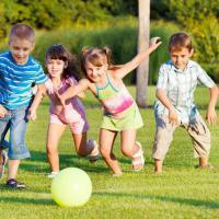 Tips Agar Si Kecil Belajar Bersosialisasi