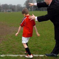 Ayah, Pakai Cara Ini untuk Mengajarkan Anak Bersaing
