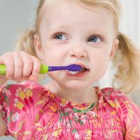 Berapa Kalikah Anak Wajib Menggosok Giginya?