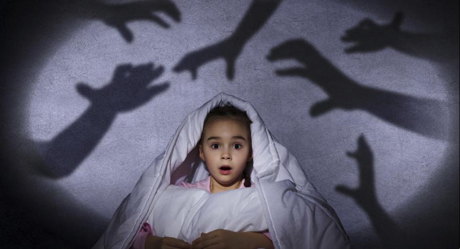Ayah, Ini Cara Agar Anak Bisa Atasi Rasa Takutnya Sendiri!