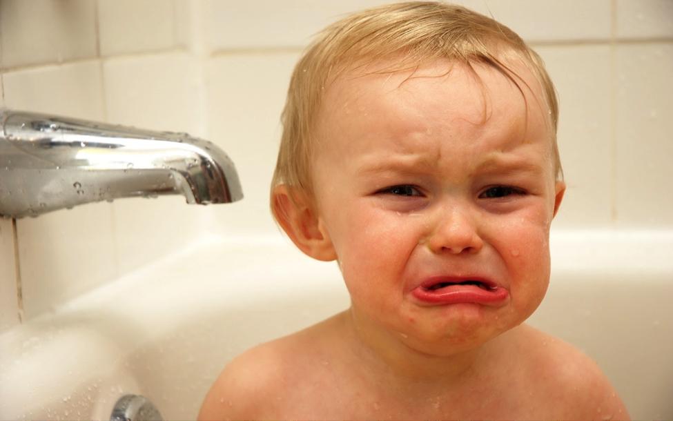 Kenapa Sih Anak Takut Mandi? Ini Alasannya