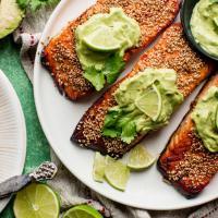 Bikin Salmon Saus Alpukat? Gampang Kok, Begini Caranya!