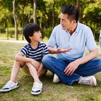 Dads, Ini Akibat Jika Terlalu Sering Memarahi Si Kecil Karena tidak Bisa Diam