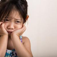 Hati-hati Moms, Ini Penyebab Si Kecil Berisiko Alami Pubertas Dini!