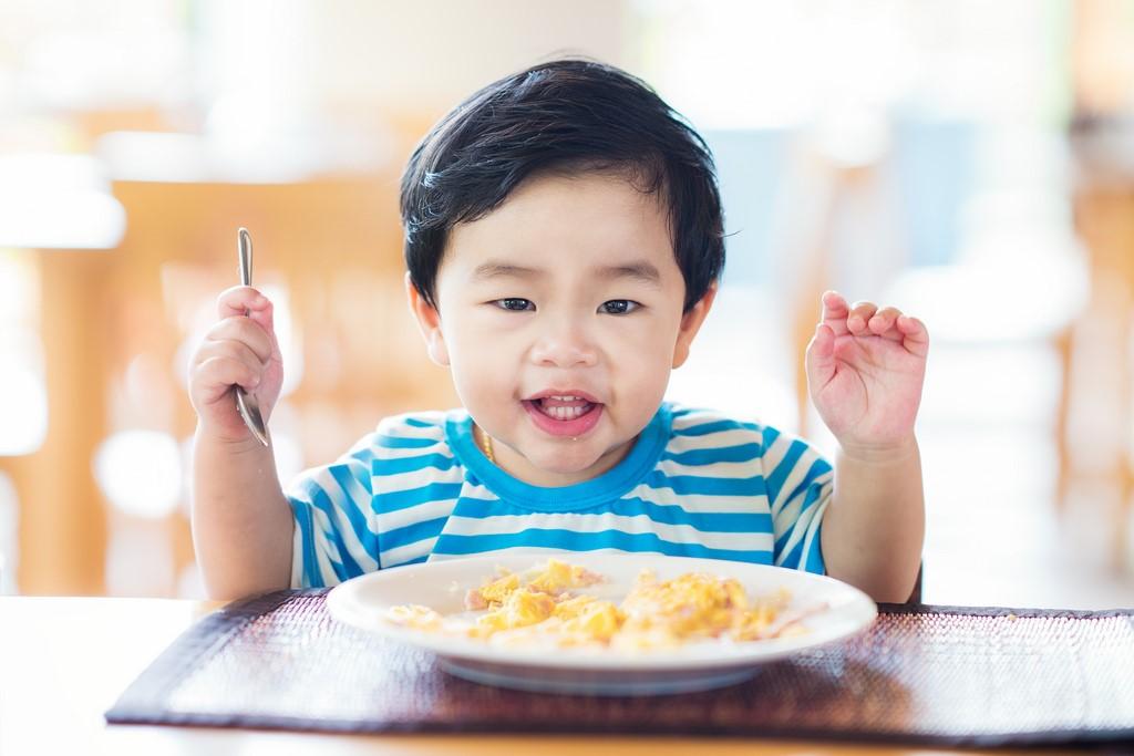 Begini Cara Menangani si Kecil Apabila Alergi Terhadap Satu Makanan