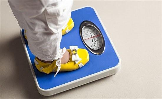 Berat Badan Si Kecil Turun. Mungkin Ini Penyebabnya!