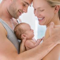 Agar ASI Pasangan Lancar, Ini Yang Harus Dad Lakukan