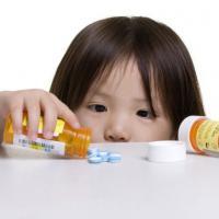 Obat Puyer Atau Sirup. Mana Yang Terbaik Bagi Si Kecil?