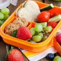Syarat Tempat Makan Plastik Yang Sehat Bagi Si Kecil!