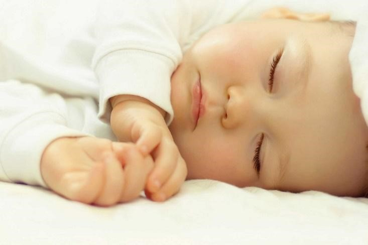 Ini Alasan Kenapa Si Kecil Tidak Boleh Tidur Jam 11 Malam