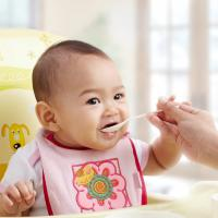 Banyak Produk Bubur Bayi Instan, Aman Tidak Ya?