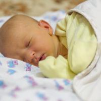 Kenali Sakit Kuning pada Bayi, dan Cara Mengatasinya!