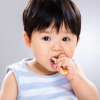 Mainan Teether Bisa Rangsang Pertumbuhan Gigi Lebih Cepat, Benarkah?