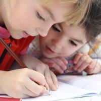 Mana Yang Harus Diprioritaskan. Investasi Atau Dana Pendidikan Anak?