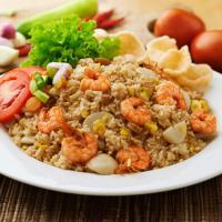 Menu Sarapan Asyik, Nasi Goreng Seafood Istimewa!
