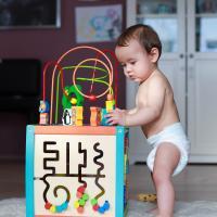Bayi 7 Bulan Sudah Bisa Lakukan Hal Ini Lho!