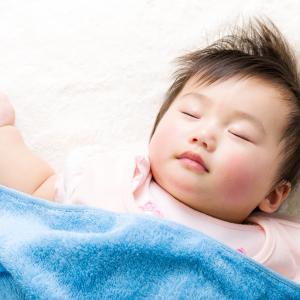 Si Kecil Kurang Tidur? Bisa Jadi Popoknya Kurang Tepat