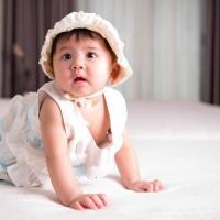 Cari Tahu Tentang Perkembangan Bayi 6 Bulan yang Semakin Menggemaskan