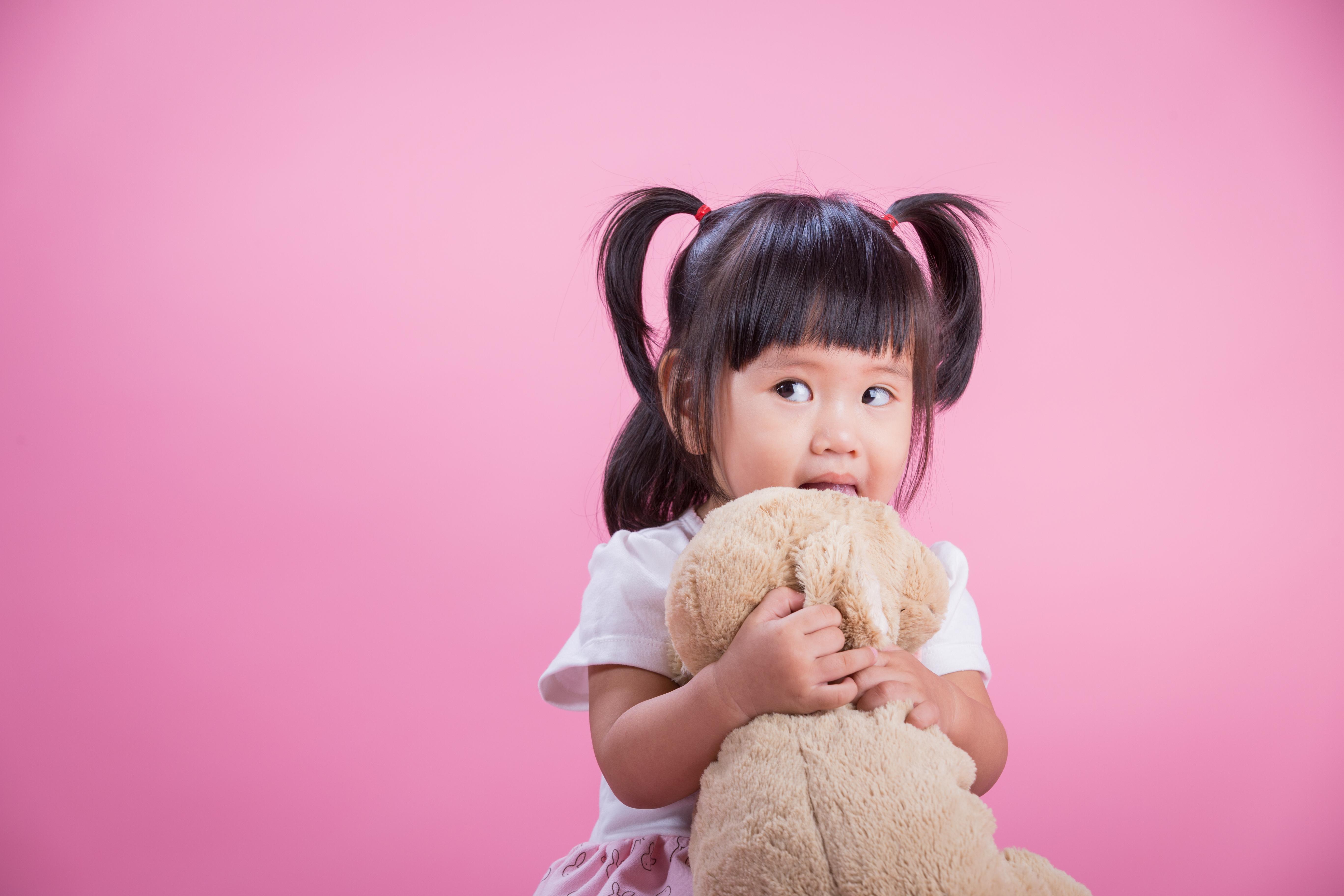 Tanda Perkembangan Bayi Terlambat pada Usia 13 hingga 36 Bulan