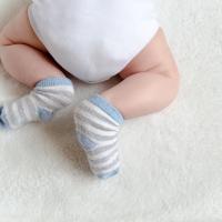 Moms Kenali BAB Bayi Baru Lahir Untuk Mengecek Kesehatannya
